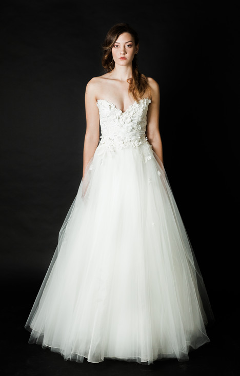 Snow gown from the 2016 Claire La Faye collection, as seen on dressfinder.ca