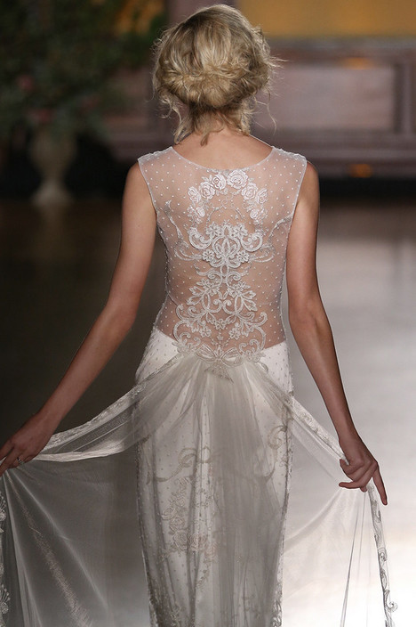 Eva (2) Wedding                                          dress by Claire Pettibone: Romantique