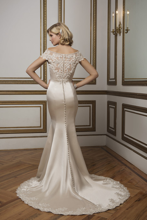 Style 8814 gown from the 2016 Justin Alexander collection, as seen on dressfinder.ca
