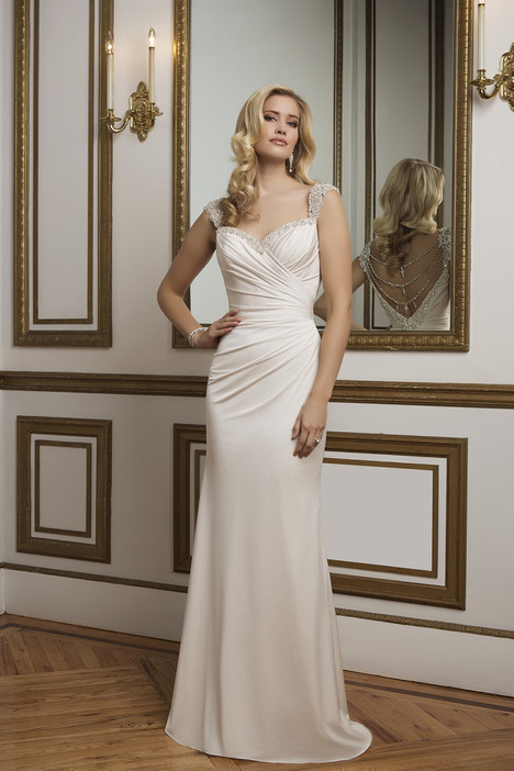 Style 8820 gown from the 2016 Justin Alexander collection, as seen on dressfinder.ca