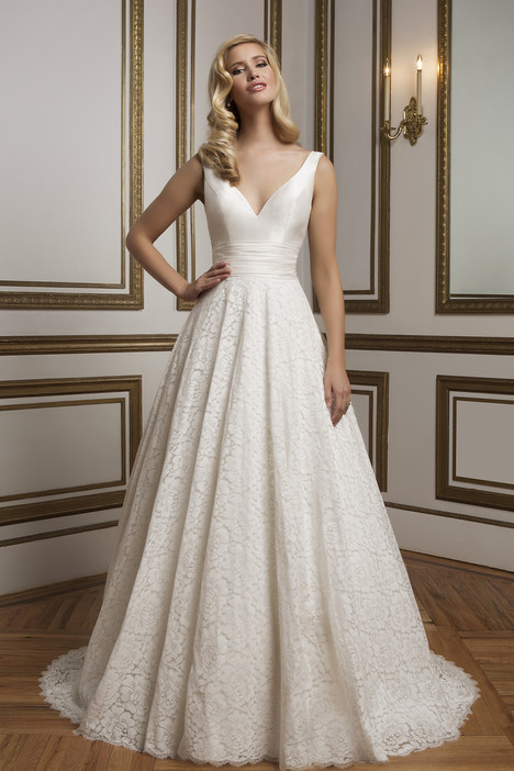 Style 8824 gown from the 2016 Justin Alexander collection, as seen on dressfinder.ca