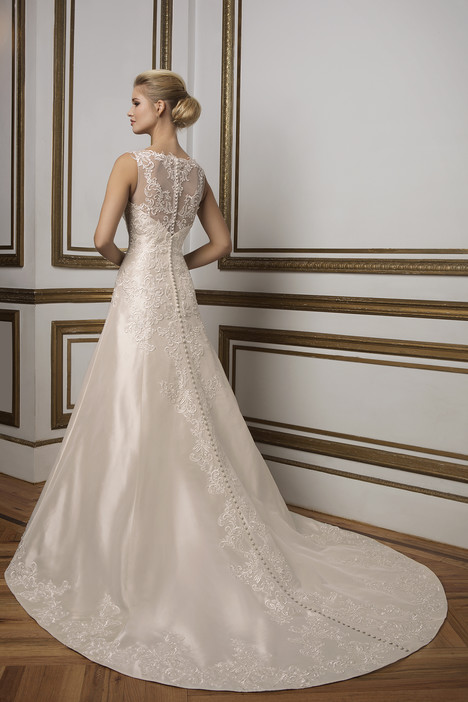 Style 8831 gown from the 2016 Justin Alexander collection, as seen on dressfinder.ca