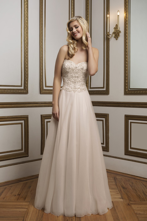 Style 8836 gown from the 2016 Justin Alexander collection, as seen on dressfinder.ca