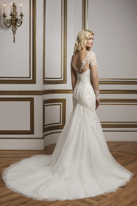 Style 8844 gown from the 2016 Justin Alexander collection, as seen on dressfinder.ca