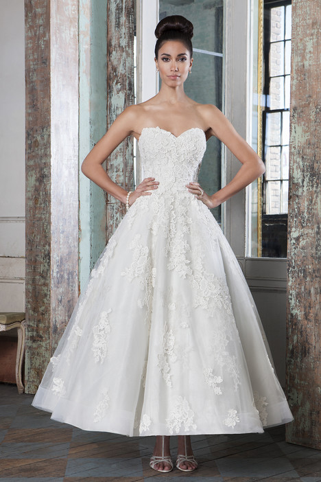 9800 Wedding                                          dress by Justin Alexander Signature