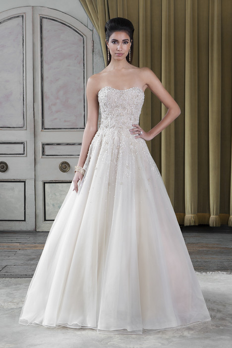 9807 Wedding                                          dress by Justin Alexander Signature