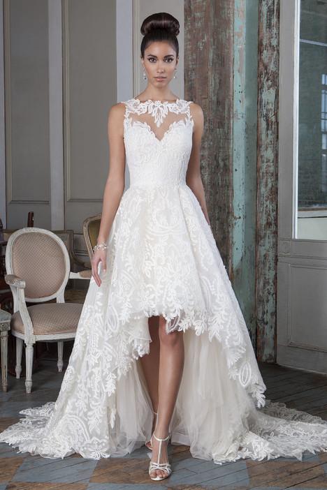 9818 Wedding                                          dress by Justin Alexander Signature