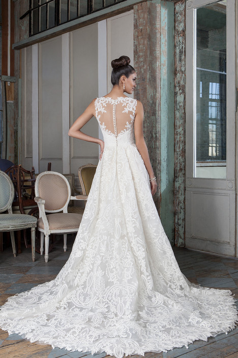 9818 (2) Wedding                                          dress by Justin Alexander Signature