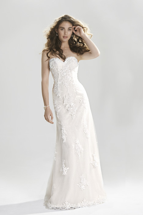 6393 gown from the 2016 Lillian West collection, as seen on dressfinder.ca