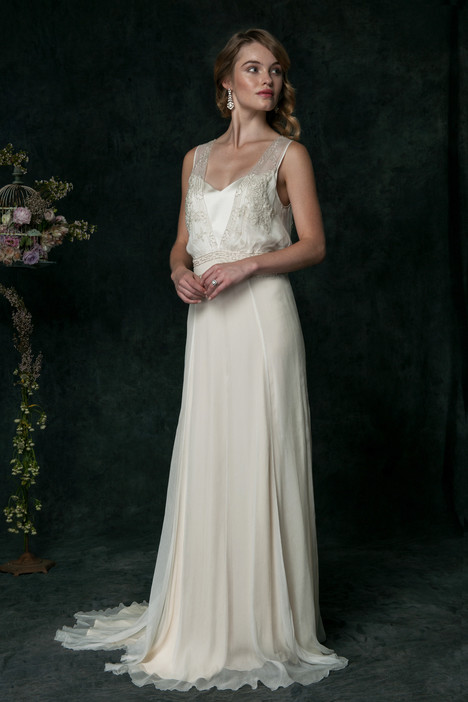 ch6225 Wedding                                          dress by Saja