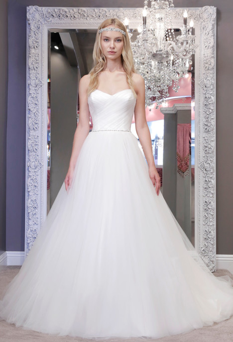 Alexis gown from the 2016 Winnie Couture : Blush collection, as seen on dressfinder.ca