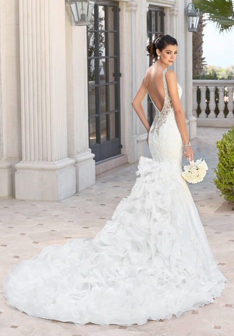Corina (back) gown from the 2016 KittyChen collection, as seen on dressfinder.ca