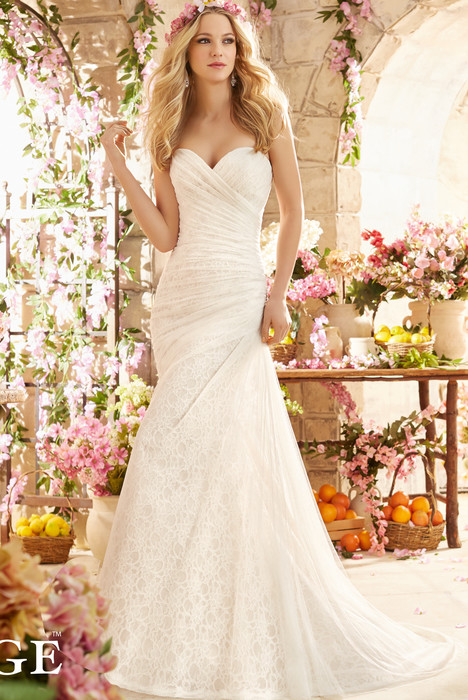6802 Wedding                                          dress by Mori Lee: Voyage