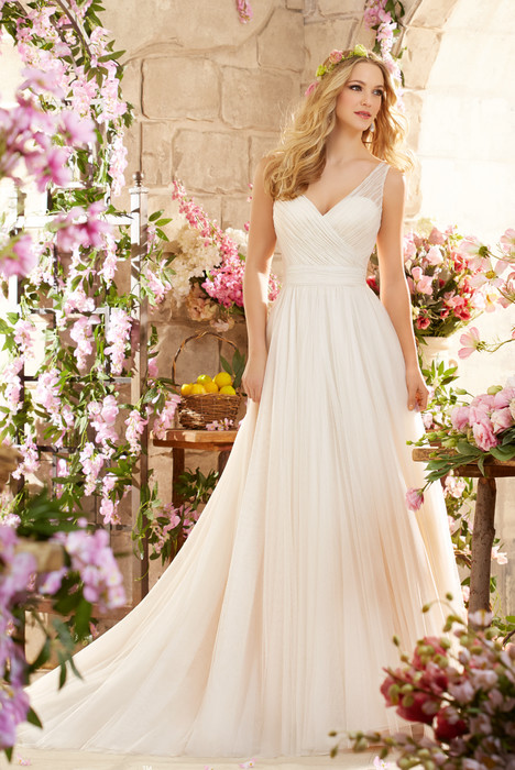 6805 Wedding                                          dress by Mori Lee: Voyage