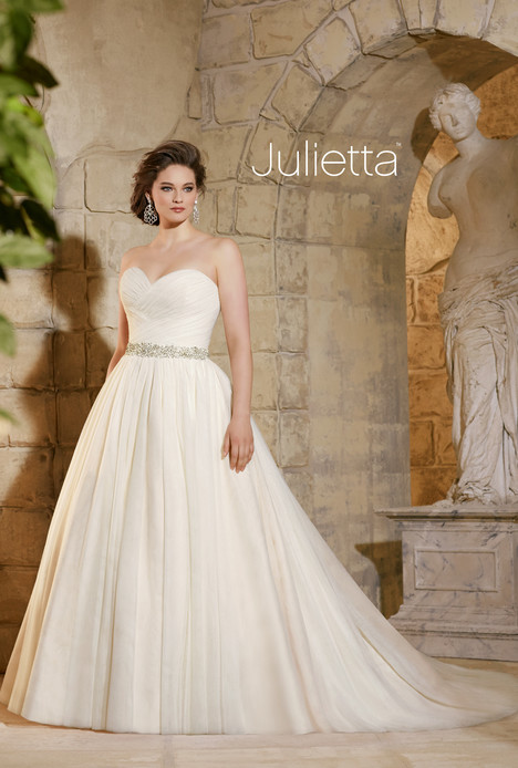 3182 gown from the 2015 Morilee Julietta collection, as seen on dressfinder.ca