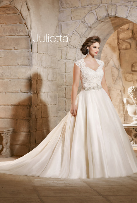 3185 Wedding                                          dress by Morilee Julietta