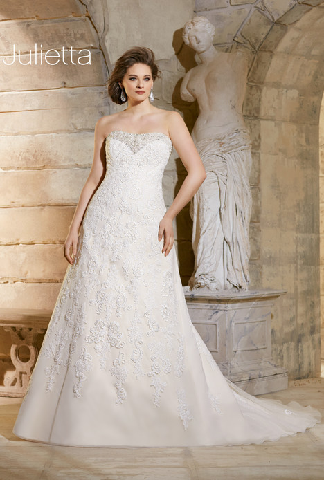 3186 gown from the 2015 Morilee Julietta collection, as seen on dressfinder.ca