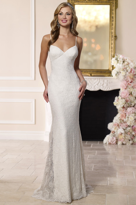 6182 gown from the 2016 Stella York collection, as seen on dressfinder.ca