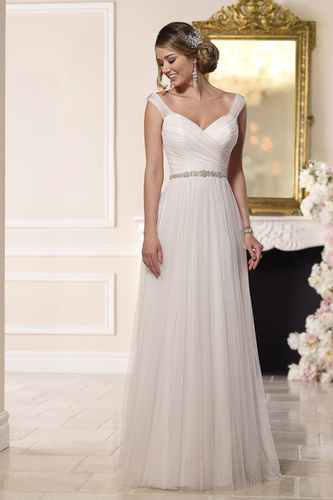 6189 gown from the 2016 Stella York collection, as seen on dressfinder.ca