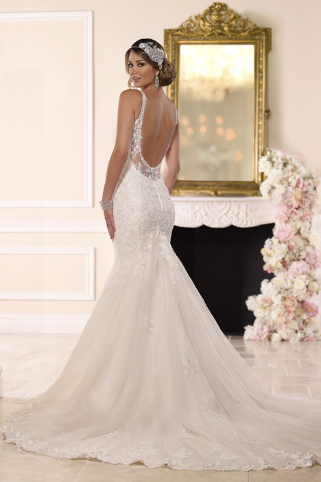6217 (back) gown from the 2016 Stella York collection, as seen on dressfinder.ca
