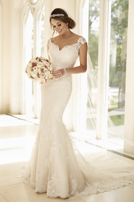 6249 gown from the 2016 Stella York collection, as seen on dressfinder.ca