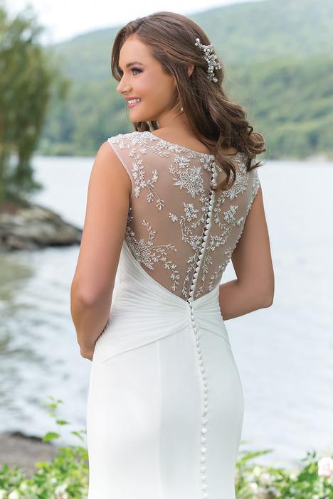 6147 (back) Wedding dress by Sweetheart