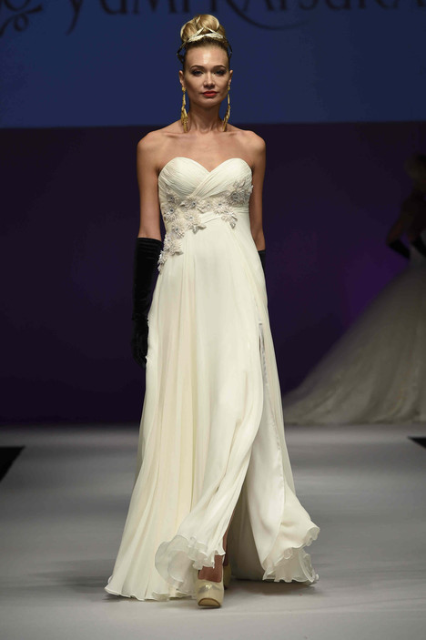 0435 gown from the 2016 Yumi Katsura collection, as seen on dressfinder.ca