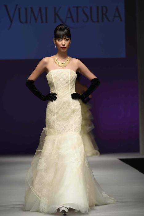 0721 Wedding                                          dress by Yumi Katsura