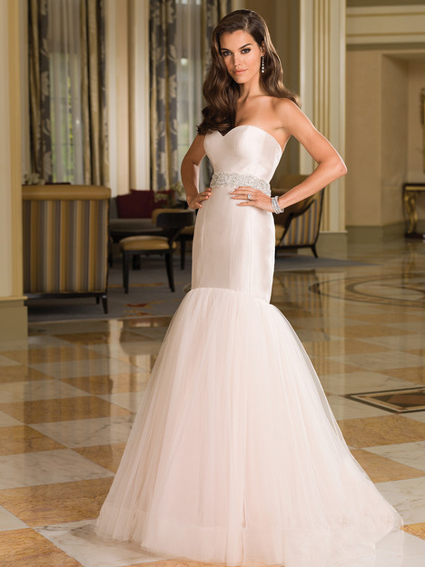 Style 8851 gown from the 2016 Justin Alexander collection, as seen on dressfinder.ca