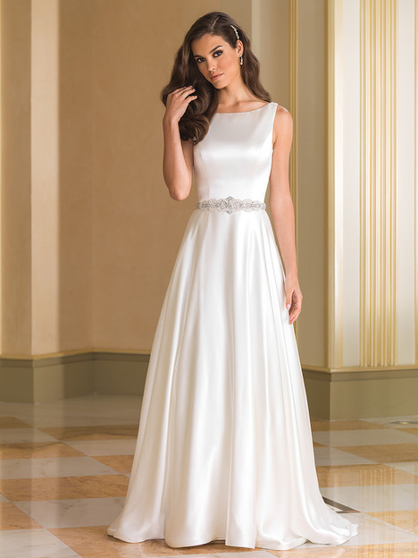 Style 8866 gown from the 2016 Justin Alexander collection, as seen on dressfinder.ca