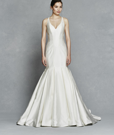 Priscilla gown from the 2017 Kelly Faetanini collection, as seen on dressfinder.ca