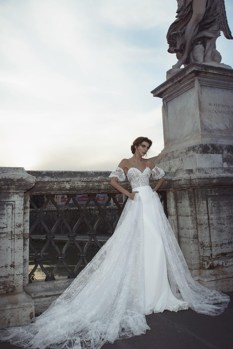 Valentina (with overskirt) gown from the 2017 Julie Vino Haute Couture collection, as seen on dressfinder.ca
