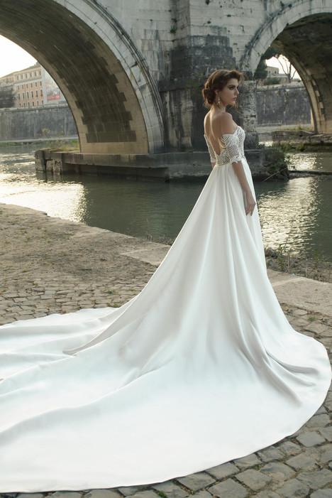 Cassia Wedding                                          dress by Julie Vino