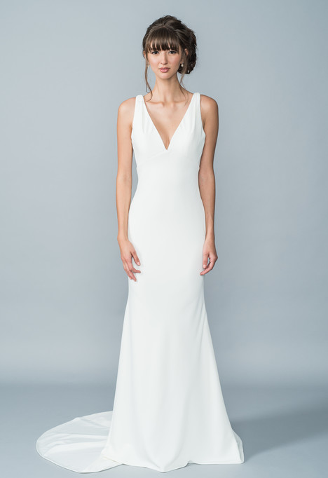 Hilton gown from the 2016 Lis Simon collection, as seen on dressfinder.ca