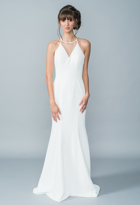 Honour gown from the 2016 Lis Simon collection, as seen on dressfinder.ca