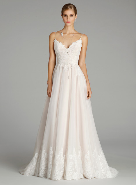9652 Wedding                                          dress by Alvina Valenta