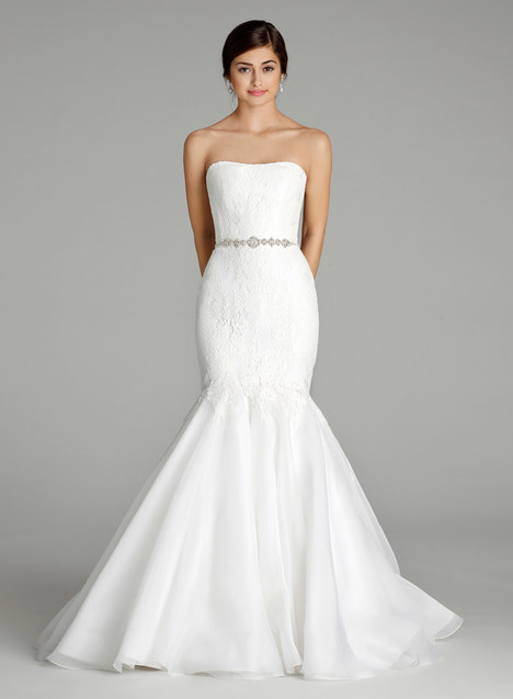 9653 Wedding                                          dress by Alvina Valenta