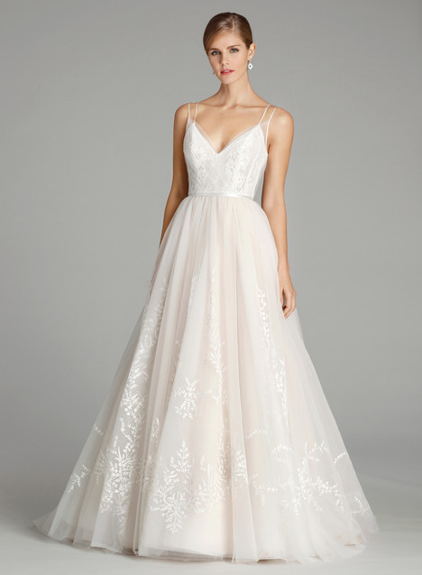9661 Wedding                                          dress by Alvina Valenta