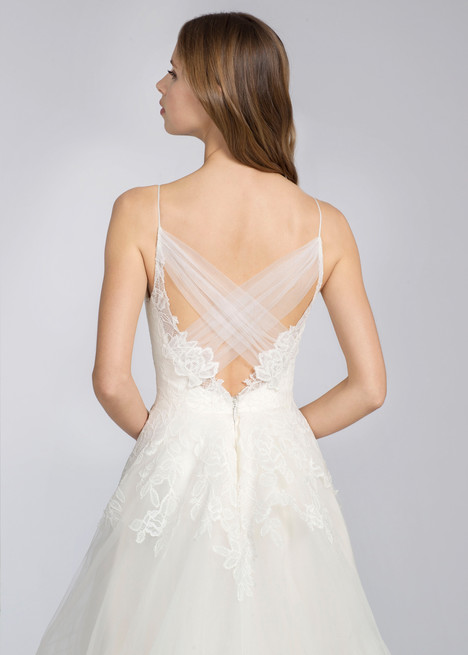 8666 (back) gown from the 2016 Jim Hjelm collection, as seen on dressfinder.ca