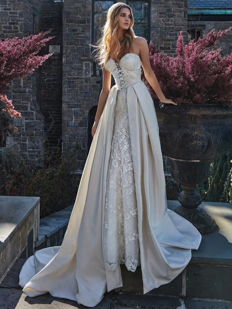 Guerlain Wedding                                          dress by Galia Lahav