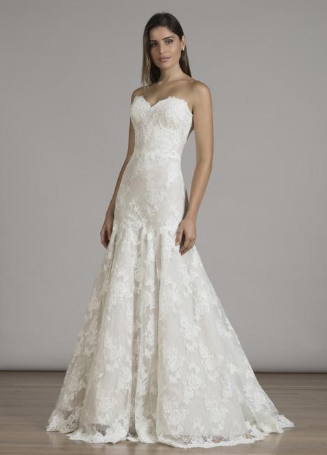 6831 Wedding                                          dress by Liancarlo