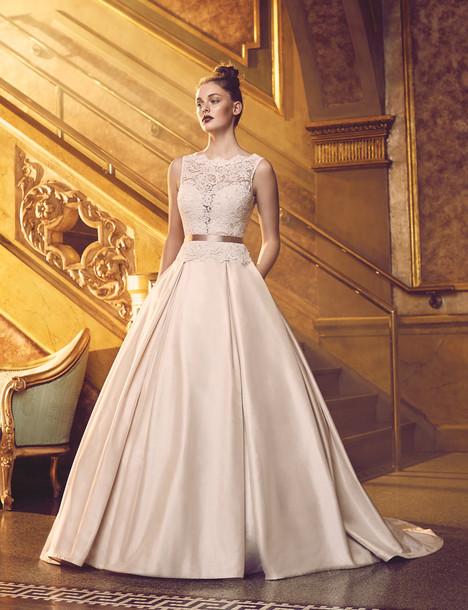 4720 Wedding                                          dress by Paloma Blanca