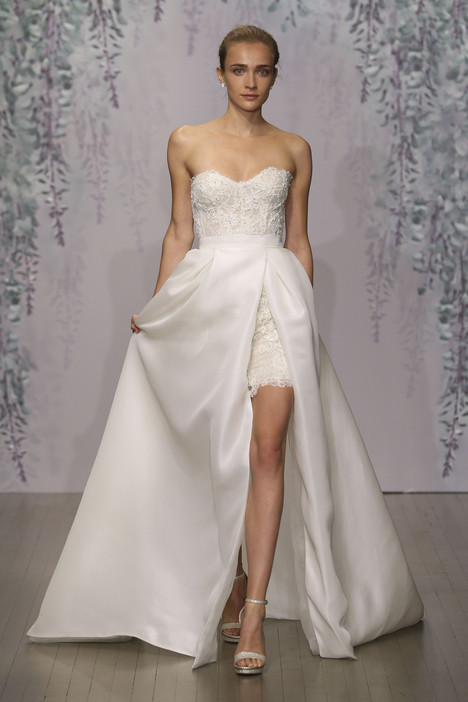 Lana gown from the 2016 Monique Lhuillier collection, as seen on dressfinder.ca