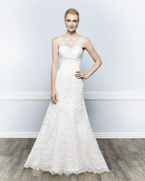 1641 gown from the 2016 Kenneth Winston collection, as seen on dressfinder.ca
