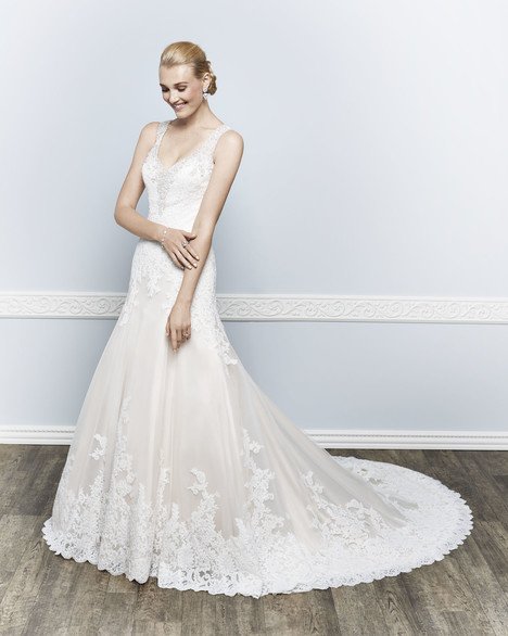 1650 gown from the 2016 Kenneth Winston collection, as seen on dressfinder.ca