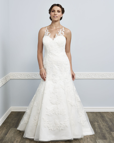 3383 Wedding dress by Femme by Kenneth Winston