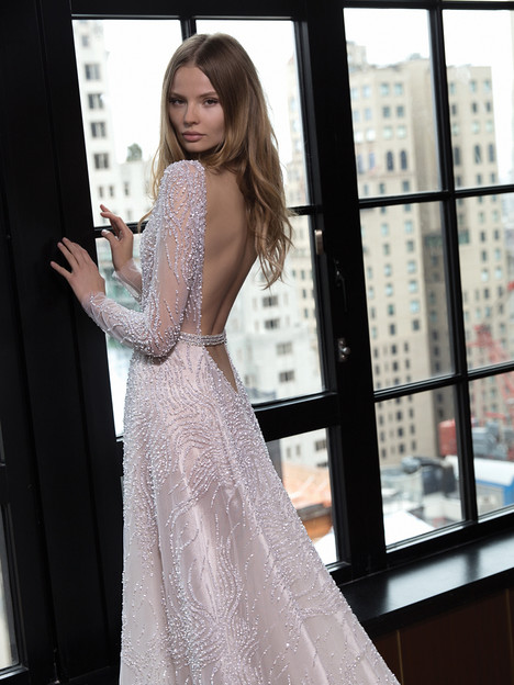 Style 16-122 gown from the 2016 Berta Bridal collection, as seen on dressfinder.ca