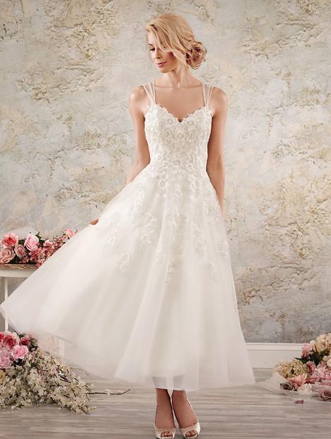 8558 Wedding dress by Alfred Angelo : Modern Vintage Bridal