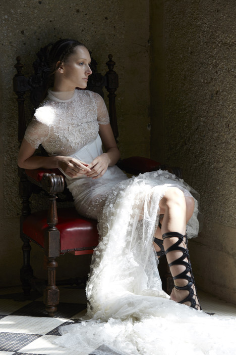 Nigella Wedding                                          dress by Vera Wang