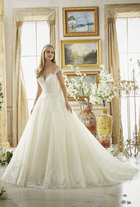 Style 2889 gown from the 2016 Morilee Bridal collection, as seen on dressfinder.ca
